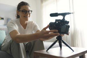 Los anuncios post-roll en YouTube vendrán por defecto
